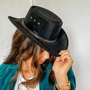 Black cowgirl sombrero